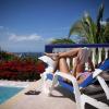 Как недорого отдохнуть за границей?