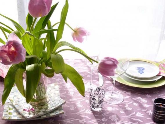 Как красиво украсить стол?