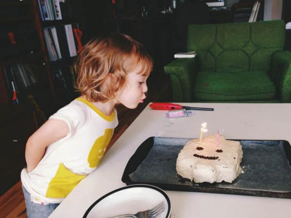 Что подарить девочке 10 лет?