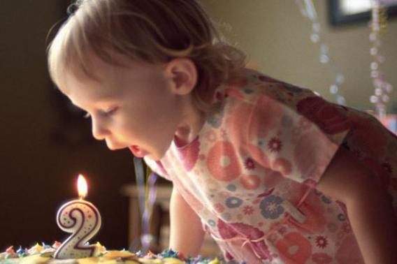 Что подарить девочке в 2 года?