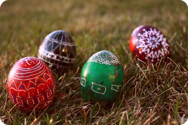 Как красить яйца на Пасху?