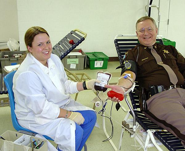 Как правильно сдавать кровь?