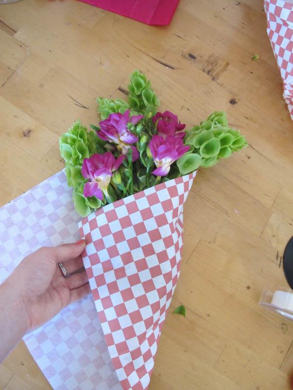 Как донести цветы в мороз?