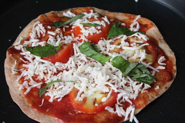 Как приготовить пиццу в домашних условиях?