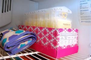 как хранить грудное молоко в холодильнике